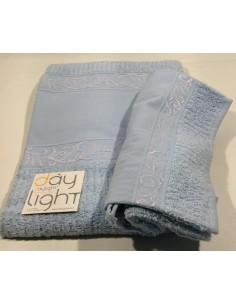 Coppia asciugamani Alessandra con inserto in tela aida da ricamare  cielo